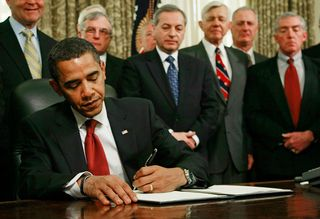 President+Obama+Signs+Executive+Orders+Close+O0JGR_0f9a8l