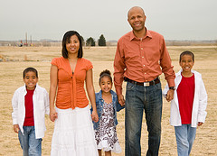 Ryan frazier and family